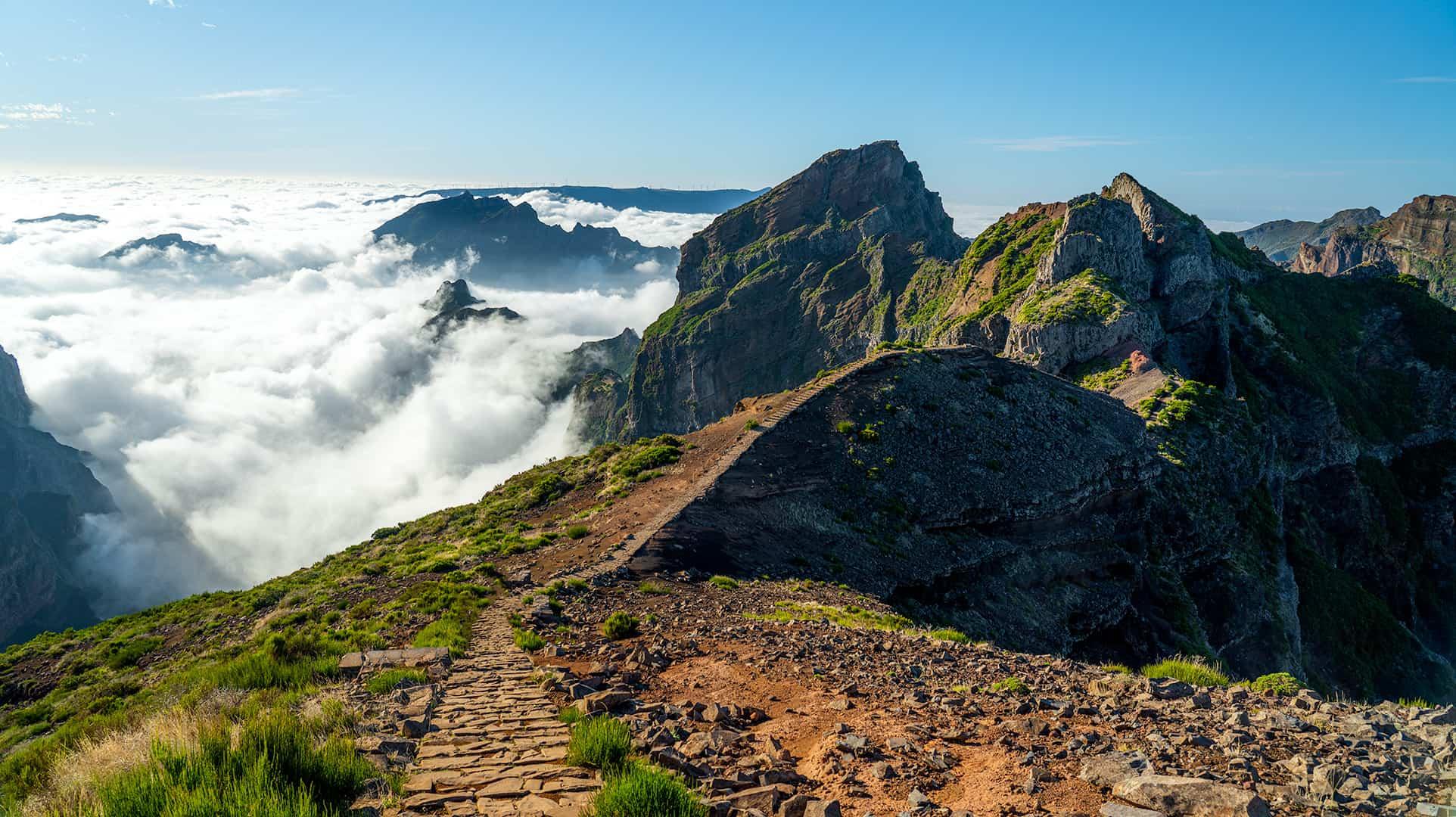 pico-do-arieiro-pico-ruivo-hik-path