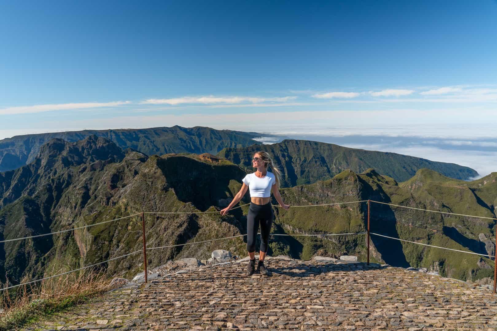 pico-ruivo-summit-view