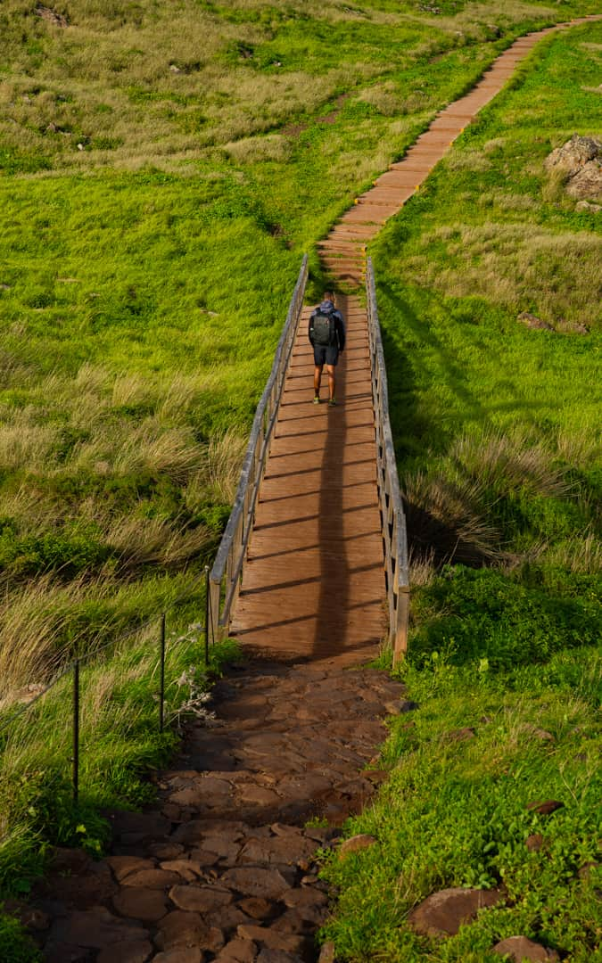 ponta-de-são-lourenço-start-hike-stairs