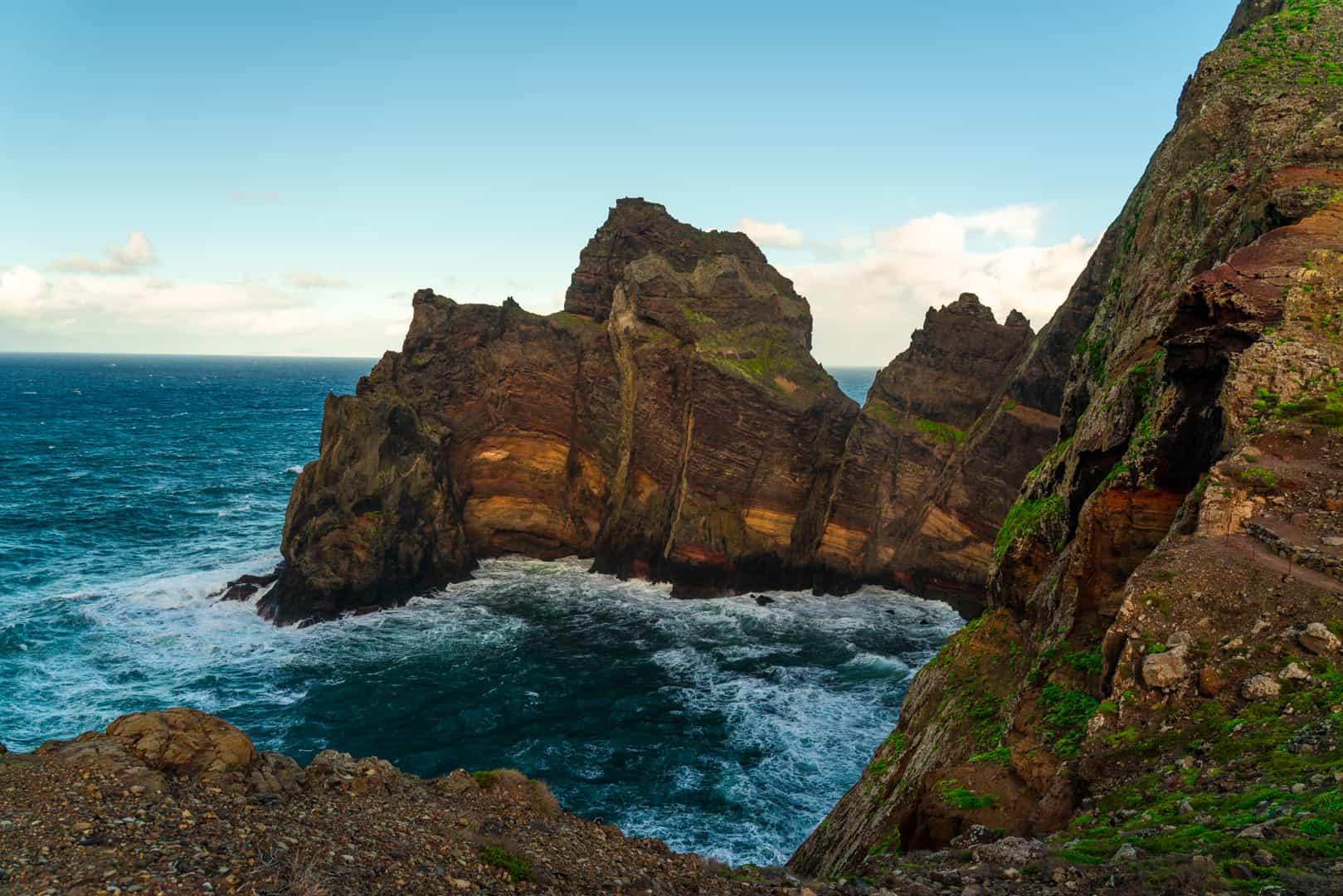 ponta-de-são-lourenço-trail-viewpoint-coastline