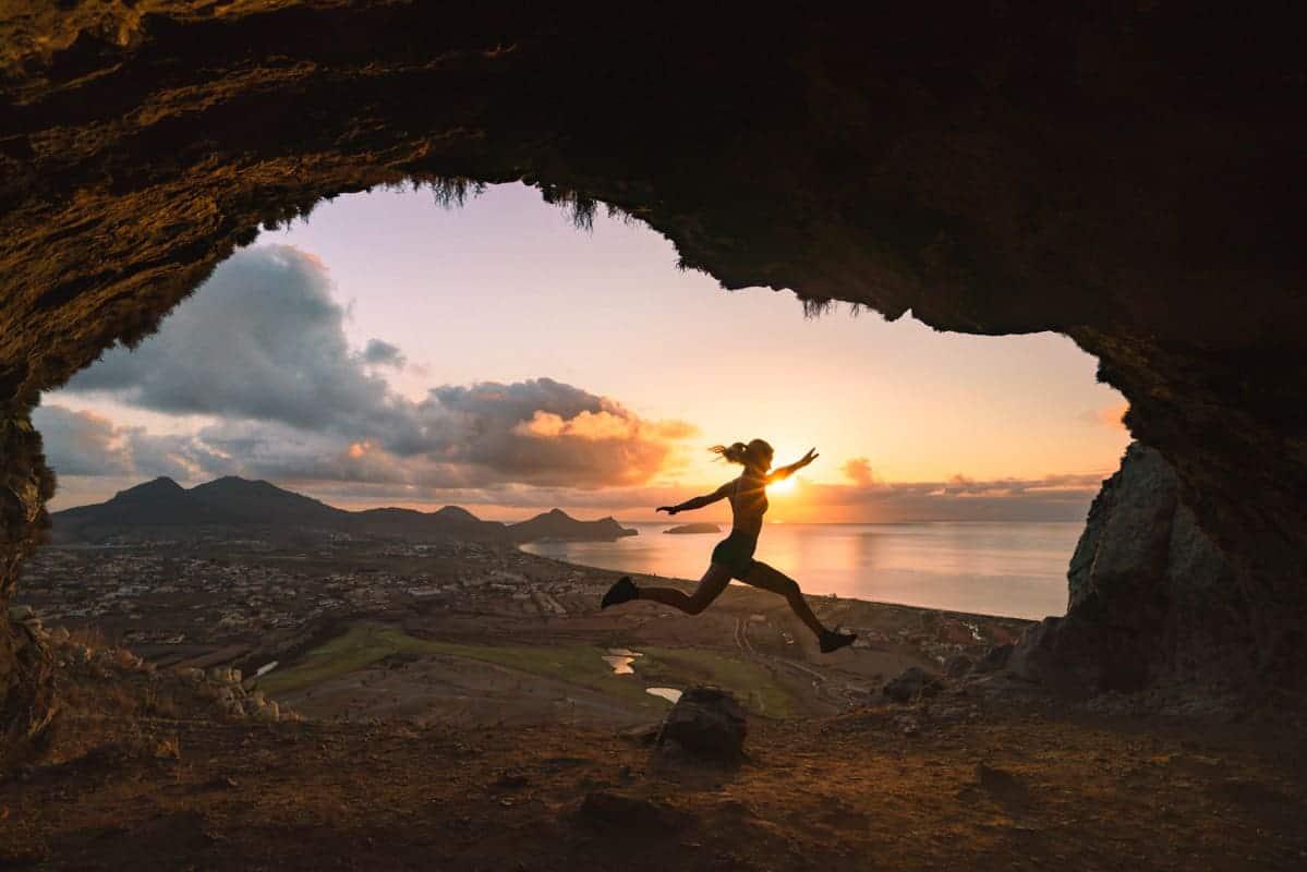 Pico-de-Ana-Ferreira-cave-sunrise