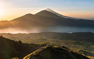 mount-batur-sunrise.trekking