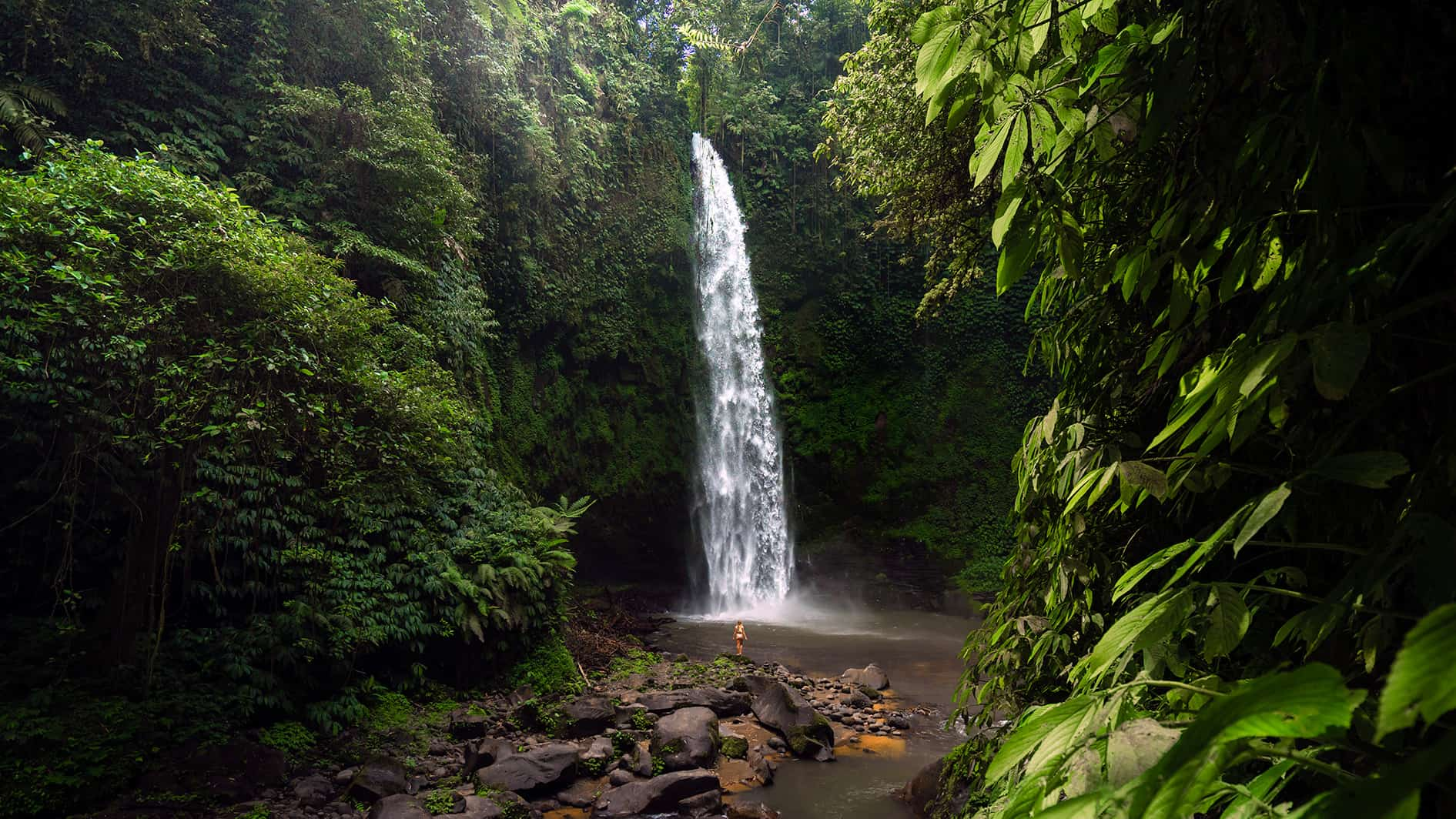 nungnung-waterfall-bali-slider-